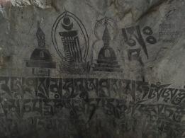 Helasi_Cave3_inside-hindu-buddh